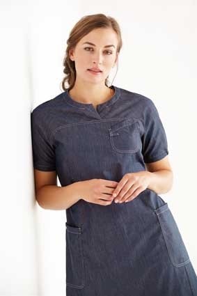 Kleid Pflege und Housekeeping kurzarm blue denim