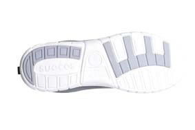 Sneaker ALMA Farbe hellbraun ULTRA LEICHT